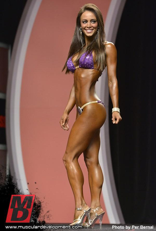 Lacey Deluca 3 - Mr Olympia 2012