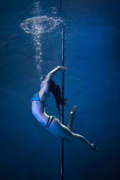underwater-pole-wlg-brett-stanley-141120-_mg_7112-edit